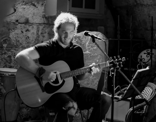 Mickael Feugray, Bleu Nuit, Emporium Galorium, chanson française, folk.
