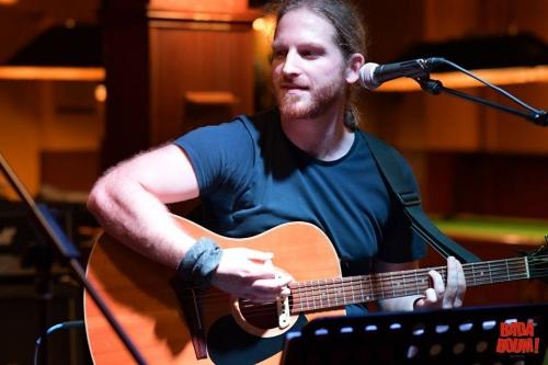 Mickael Feugray, Bleu Nuit, Badaboum mini festival, le havre, chanson française, folk.