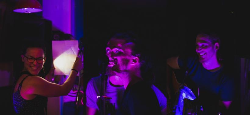 Groupe Bleu Nuit.