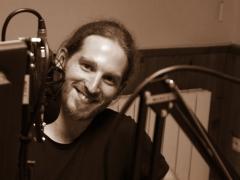 Groupe Bleu Nuit, Mickael Feugray, radio TRL.